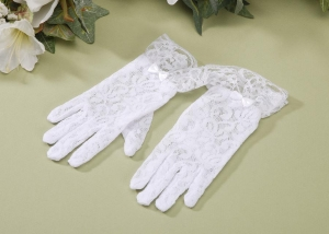 Victoria Lynn Children's Gloves - Stretch White Lace - 6 inches